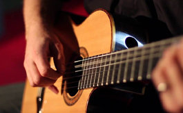 Banner khóa học đàn Guitar